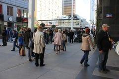 Het werkbemanning in het stadscentrum Stock Foto
