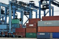 Het werken van de werf van containergoederen, Xiamen, China Stock Foto