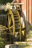Het werken watermill Royalty-vrije Stock Afbeeldingen