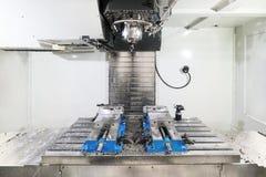 Het werkruimte van moderne CNC malenmachine Royalty-vrije Stock Afbeeldingen