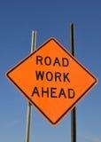 Het werkwaarschuwingssein van de weg Stock Afbeelding