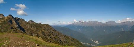 Het westelijke panorama van de Kaukasus Stock Afbeeldingen
