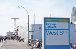Het westen 8 van New York van het konijneiland straat Royalty-vrije Stock Foto's