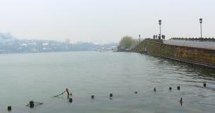Het westenmeer (xihu) in Hangzhou van China in de winter na de sneeuw Stock Foto's