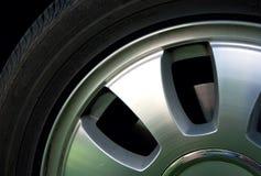 Het wiel en de band van het aluminium. royalty-vrije stock foto