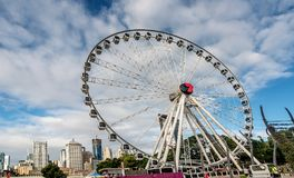 Het Wiel van Brisbane in Zuidenbank Parkland, Australië stock foto