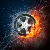 Het Wiel van de auto in Vlam en Water stock illustratie