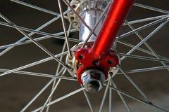 Het wiel van de fiets, detail stock fotografie