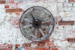 Het wiel van de kar Stock Foto's