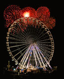 Het Wiel van de nacht met Vuurwerk Stock Foto's