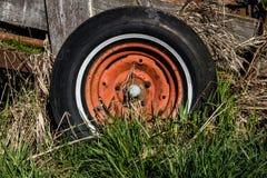 Het wiel van de wagen stock foto