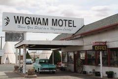 Het Wigwammotel op route 66 Arizona stock foto's