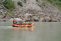 Het wilde water rafting Stock Foto