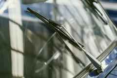 Het windscherm uitstekende auto van de regenwisser royalty-vrije stock afbeelding