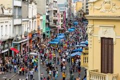 Het winkelen district in Sao Paulo, het eindejaars winkelen Royalty-vrije Stock Afbeeldingen