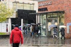 Het winkelen koorts - Outletcity Metzingen, Duitsland royalty-vrije stock foto