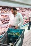 Het winkelen kruidenierswinkels stock foto's