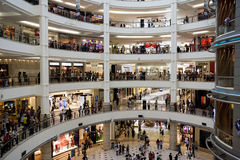 Het winkelen Menigte Stock Foto's