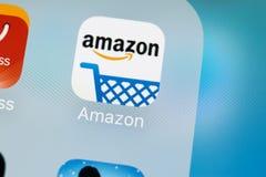 Het winkelen van Amazonië toepassingspictogram op Apple-iPhone X het schermclose-up Het winkelen app van Amazonië pictogram De mo Royalty-vrije Stock Foto
