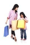 Het winkelen van de moeder en van de dochter Stock Fotografie