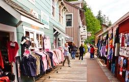 Het Winkelen van de Promenade van de Straat van de Kreek van Alaska Royalty-vrije Stock Afbeeldingen
