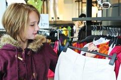 Het winkelen van de tiener Stock Afbeeldingen