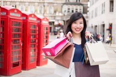 Het winkelen van Londen Stock Foto