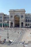 Het winkelen van Milaan de Ingang van de Centrumboog royalty-vrije stock fotografie