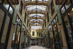 Het winkelen van Pasajegutierrez arcades in Valladolid Stock Afbeeldingen