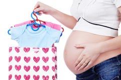 Het winkelen voor zwangere vrouw Stock Fotografie