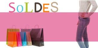 Het winkelen zakken, benen van vrouw en verkoop Royalty-vrije Stock Foto's