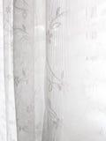 Het witte Abstracte Patroon van de Zonneblinden van het Venster van het Kant royalty-vrije stock fotografie