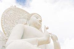 Het Witte beeld van Boedha Stock Afbeelding