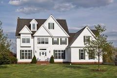 Het witte huis van de luxe Stock Foto's