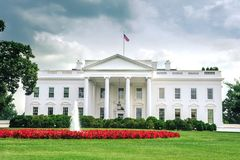 Het Witte Huis van Washington D C /Columbia/USA - 07 11 2013: Brede hoekmening bij het Witte Huis, ingangskant, Stock Afbeelding