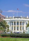Het Witte Huis van het Zuidengazon wordt bekeken op een heldere dag - Washington D die C , de V Royalty-vrije Stock Afbeelding