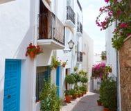 Het witte Mediterrane dorp Spanje van Mojacaralmeria stock afbeeldingen