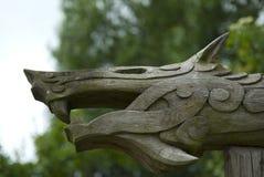 Het woodcarving van Viking van mythisch dier, Denemarken Royalty-vrije Stock Foto