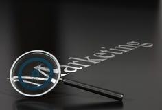 Het woord van de marketing en meer magnifier royalty-vrije illustratie