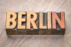 Het woordsamenvatting van Berlijn in houten type Royalty-vrije Stock Fotografie