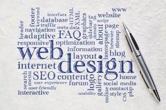Het woordwolk van het Webontwerp op papier Stock Foto
