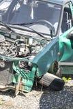 Het Wrak van de auto dat na het Ernstige Ongeval van de Neerstorting wordt vernietigd royalty-vrije stock foto's