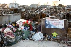 Het Zandige gebrande puin van de orkaan, Winderig Punt, Queens Stock Foto's