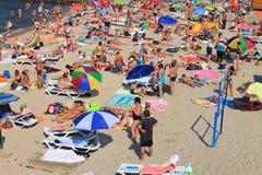 Het zandige strand op de bank van de Oostzee Stock Fotografie