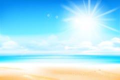 Het zandstrand over onduidelijk beeldoverzees en de hemel met zonlicht flakkeren en copysp stock illustratie