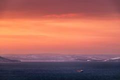 Het zeegezicht van de zonsondergang Stock Afbeelding