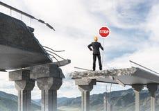 Het zekere teken van de de straatveiligheid van de ingenieursholding Stock Fotografie