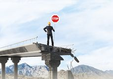 Het zekere teken van de de straatveiligheid van de ingenieursholding Royalty-vrije Stock Afbeelding