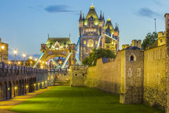 Het Zijaanzicht van de torenbrug Royalty-vrije Stock Afbeelding