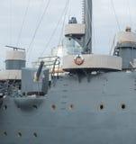 Het zijkanon van de kruiser Avrora in heilige-Petersburg, Rusland Stock Foto
